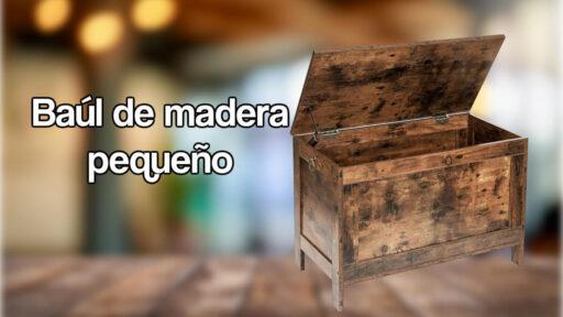 Baúl de madera pequeño